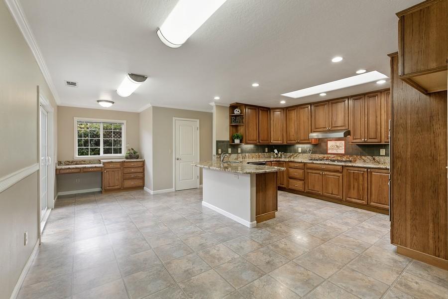 Real Estate Photography - 554 Menker, San Jose, CA, 95128 - Kitchen / Dining Room