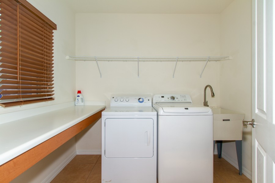 Real Estate Photography - 2099 Sagebrush Cir, Naples, FL, 34120 - Laundry Room