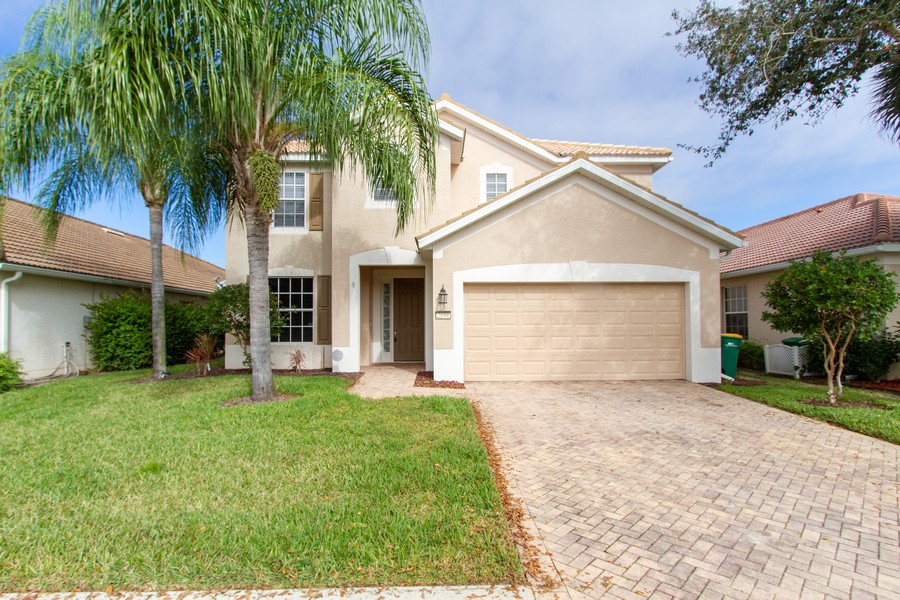 Real Estate Photography - 2099 Sagebrush Cir, Naples, FL, 34120 - Front View