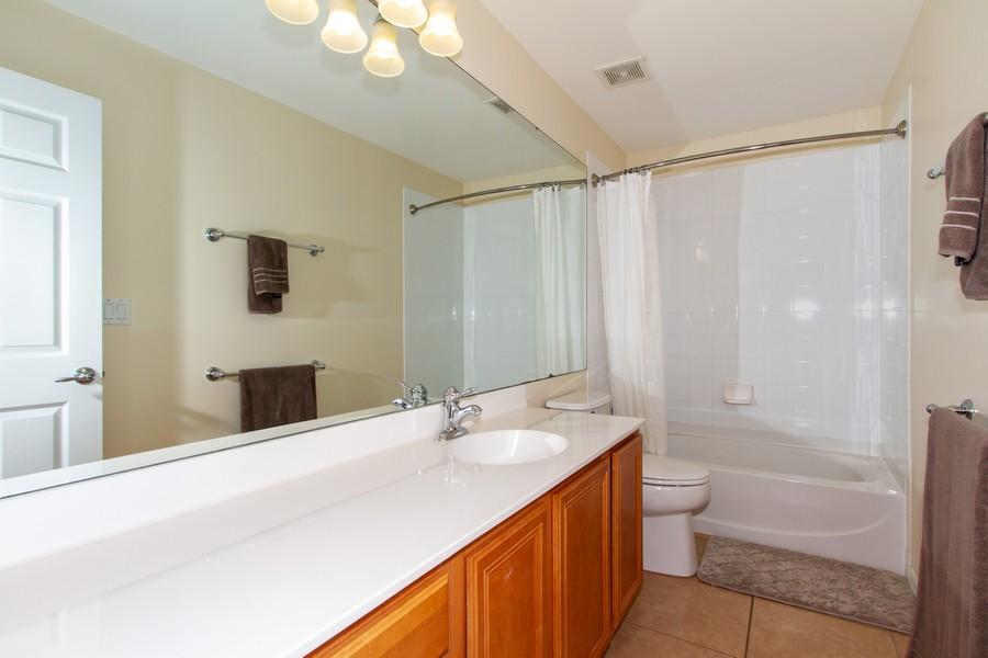Real Estate Photography - 2099 Sagebrush Cir, Naples, FL, 34120 - 2nd Bathroom