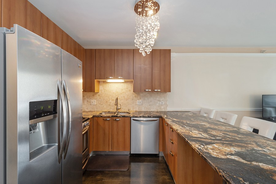 Real Estate Photography - 635 N Dearborn, Unit 803, Chicago, IL, 60654 - Kitchen