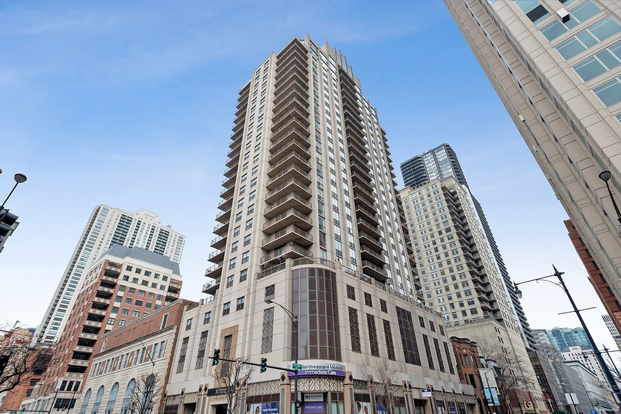 Real Estate Photography - 635 N Dearborn, Unit 803, Chicago, IL, 60654 - Front View