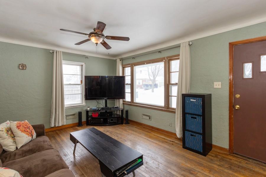 Real Estate Photography - 3815 Hart Court, NE, Cedar Rapids, IA, 52402 -