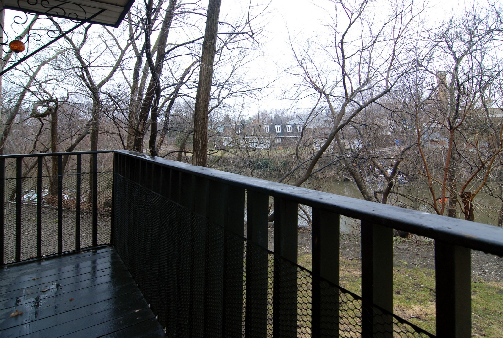 Real Estate Photography - 2839 W Lawrence, Chicago, IL, 60625 - Deck