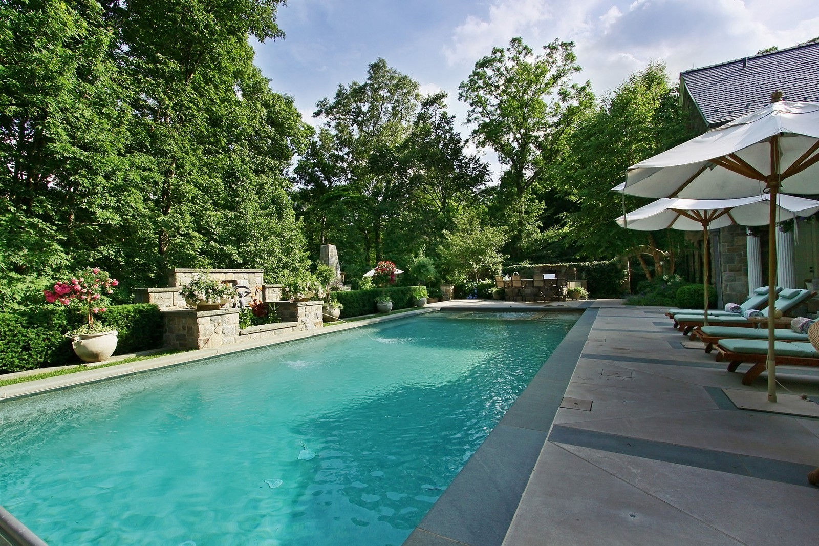 38 Round Hill Road Greenwich Ct 06830 Virtual Tour William