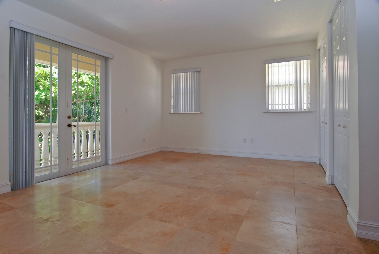 Real Estate Photography - 3034 Indiana St, Miami, FL, 33133 - Master Bedroom