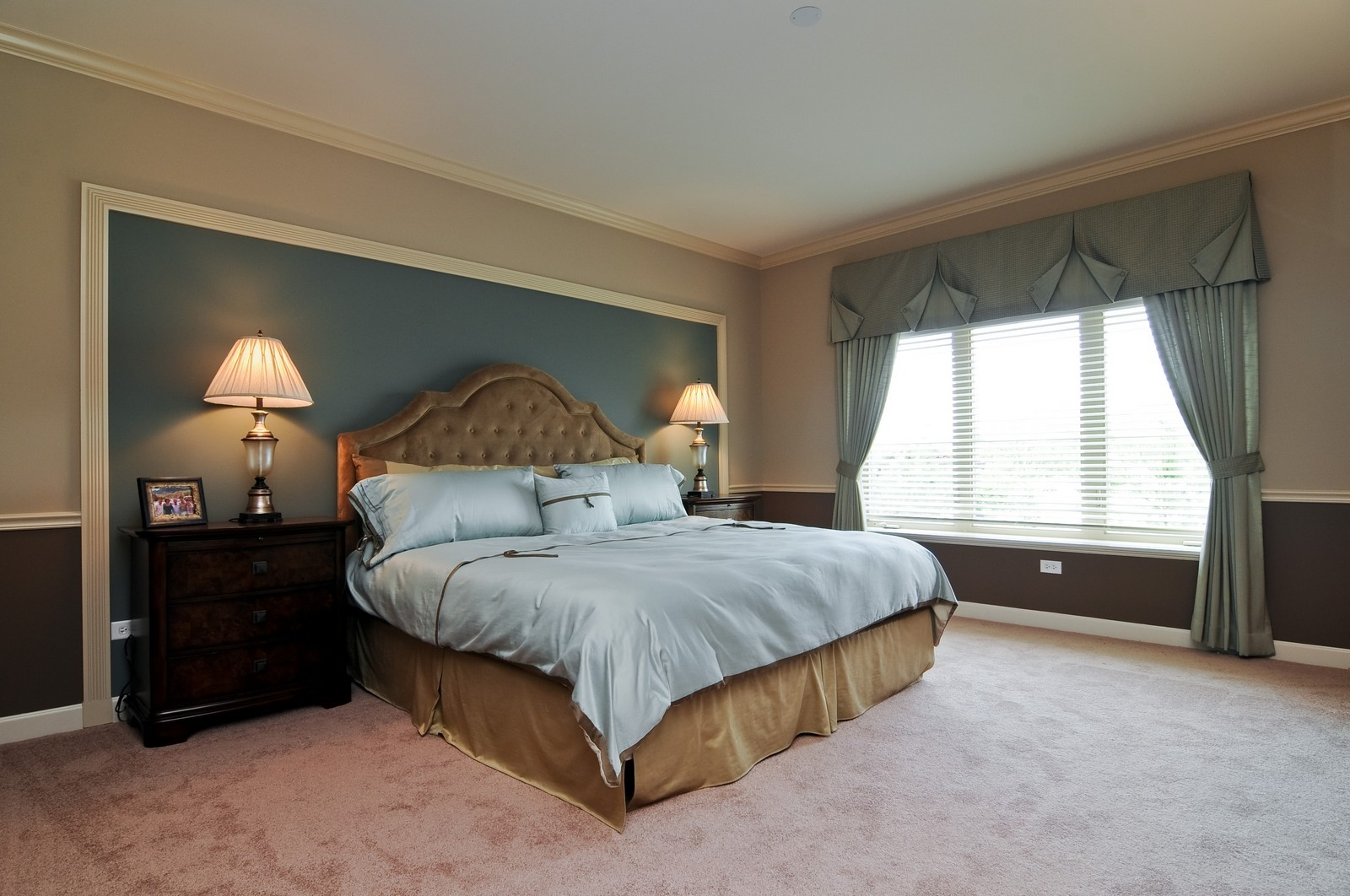 Real Estate Photography - 450 Village Green, Unit 216, Lincolnshire, IL, 60069 - Master Bedroom