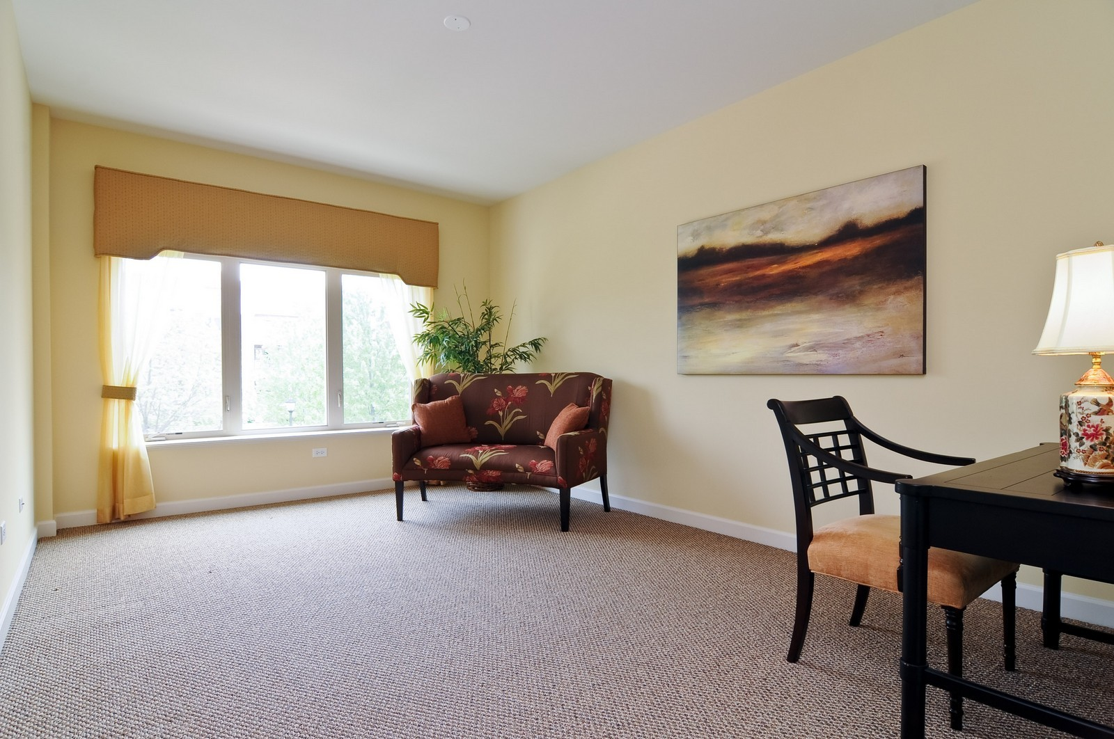 Real Estate Photography - 450 Village Green, Unit 213, Lincolnshire, IL, 60069 - 2nd Bedroom