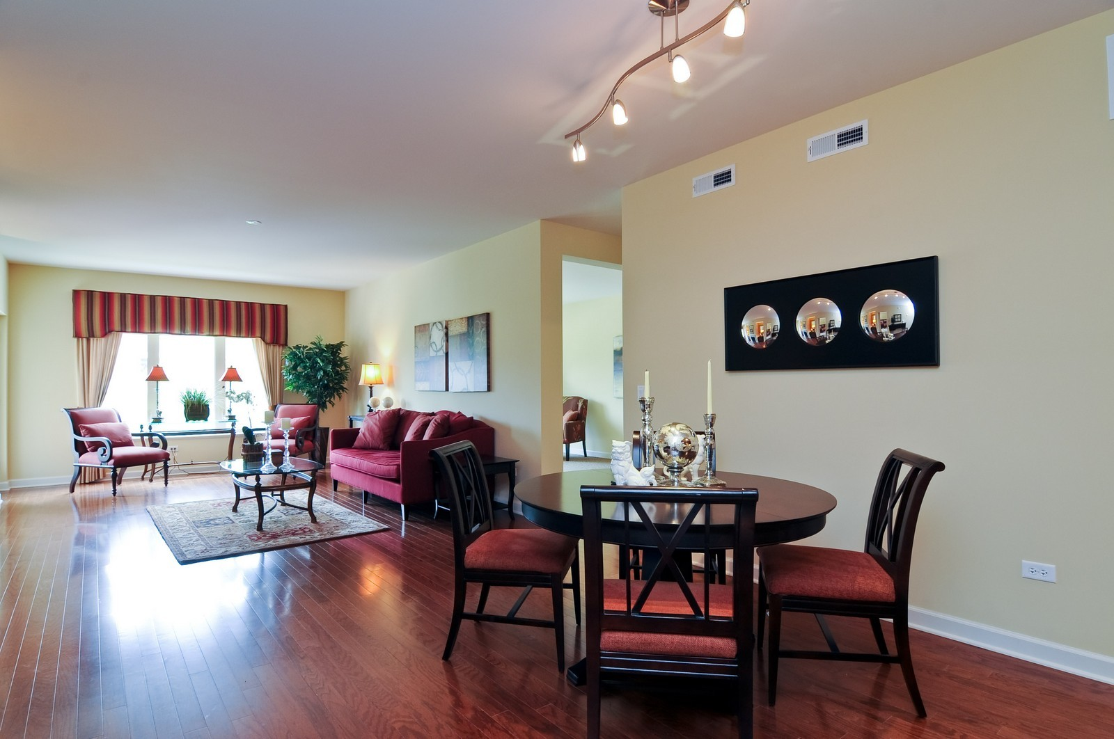 Real Estate Photography - 450 Village Green, Unit 213, Lincolnshire, IL, 60069 - Dining Room