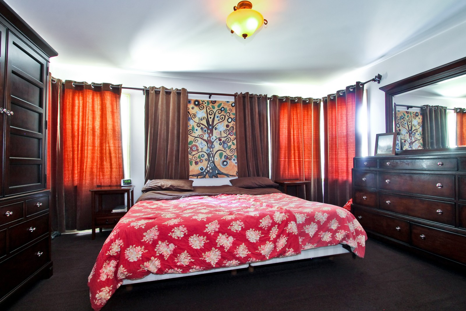 Real Estate Photography - 6645 N Central Park Ave, Lincolnwood, IL, 60712 - Master Bedroom