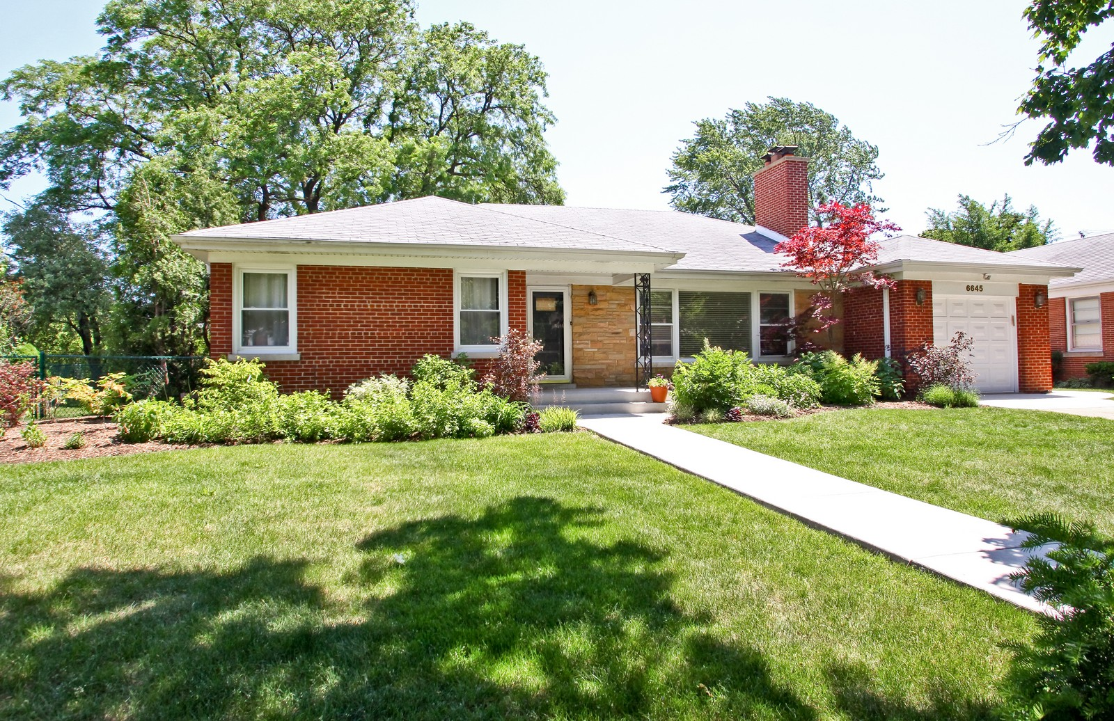Real Estate Photography - 6645 N Central Park Ave, Lincolnwood, IL, 60712 - Front View