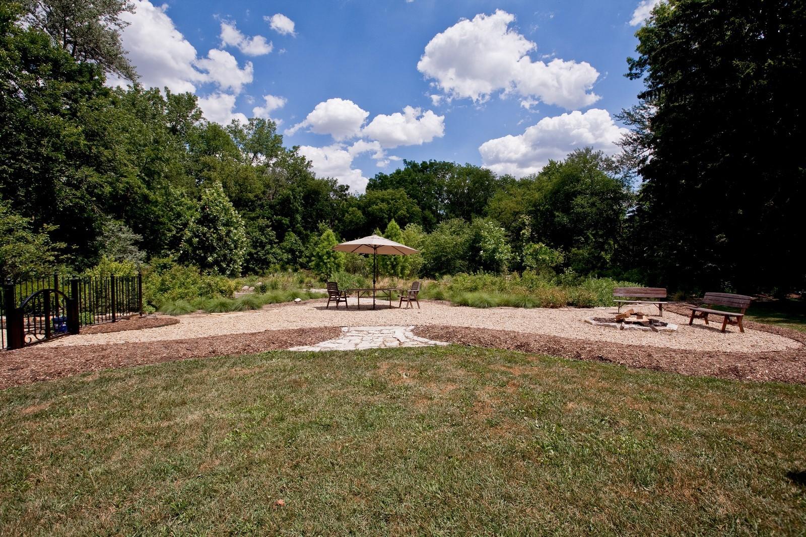 Real Estate Photography - 6143 Madison, Burr Ridge, IL, 60527 - Location 8