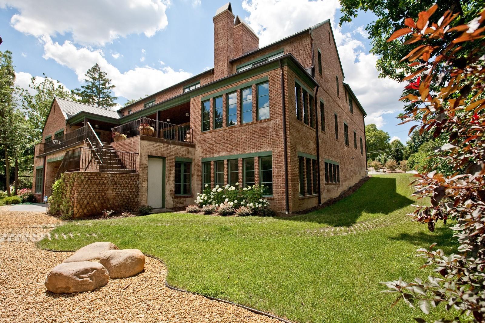 Real Estate Photography - 6143 Madison, Burr Ridge, IL, 60527 - Location 11