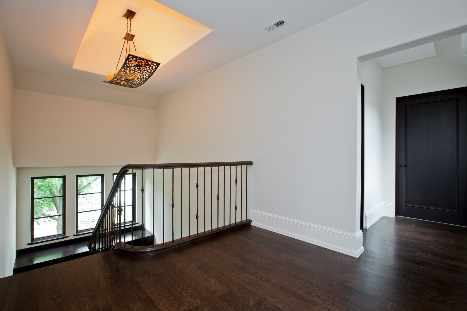 Real Estate Photography - 6143 Madison, Burr Ridge, IL, 60527 - 2nd Level