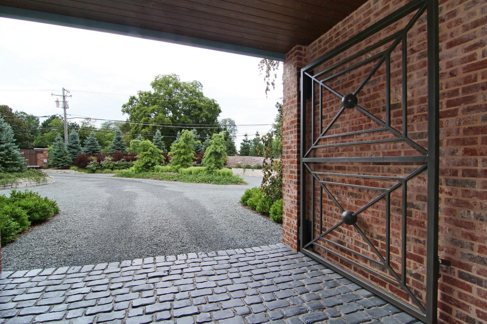 Real Estate Photography - 6143 Madison, Burr Ridge, IL, 60527 - View