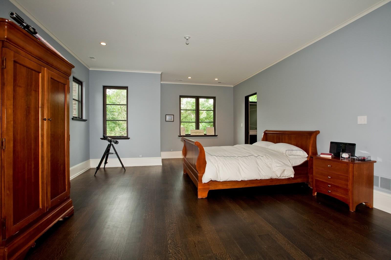 Real Estate Photography - 6143 Madison, Burr Ridge, IL, 60527 - 2nd Bedroom