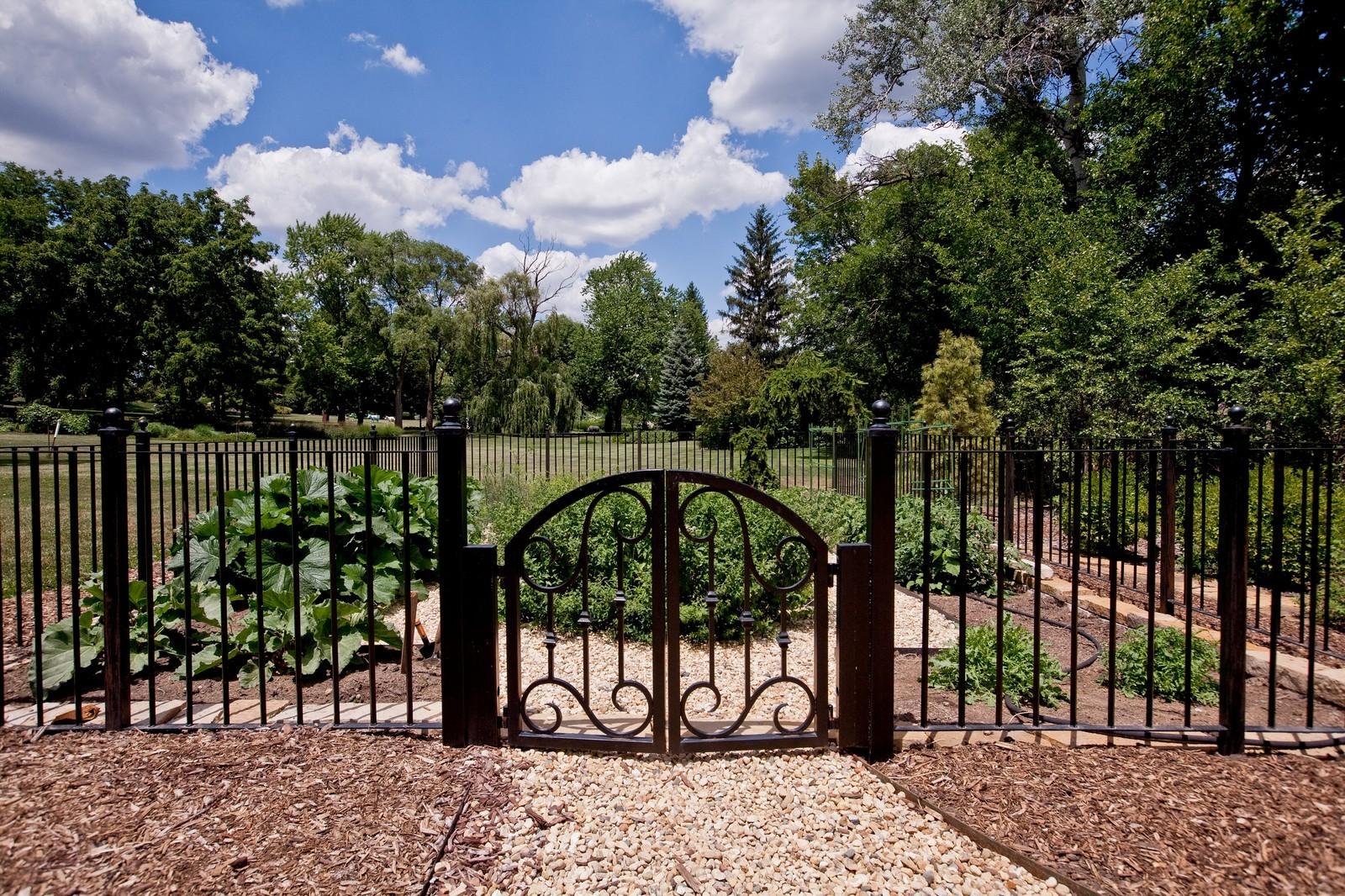 Real Estate Photography - 6143 Madison, Burr Ridge, IL, 60527 - Garden