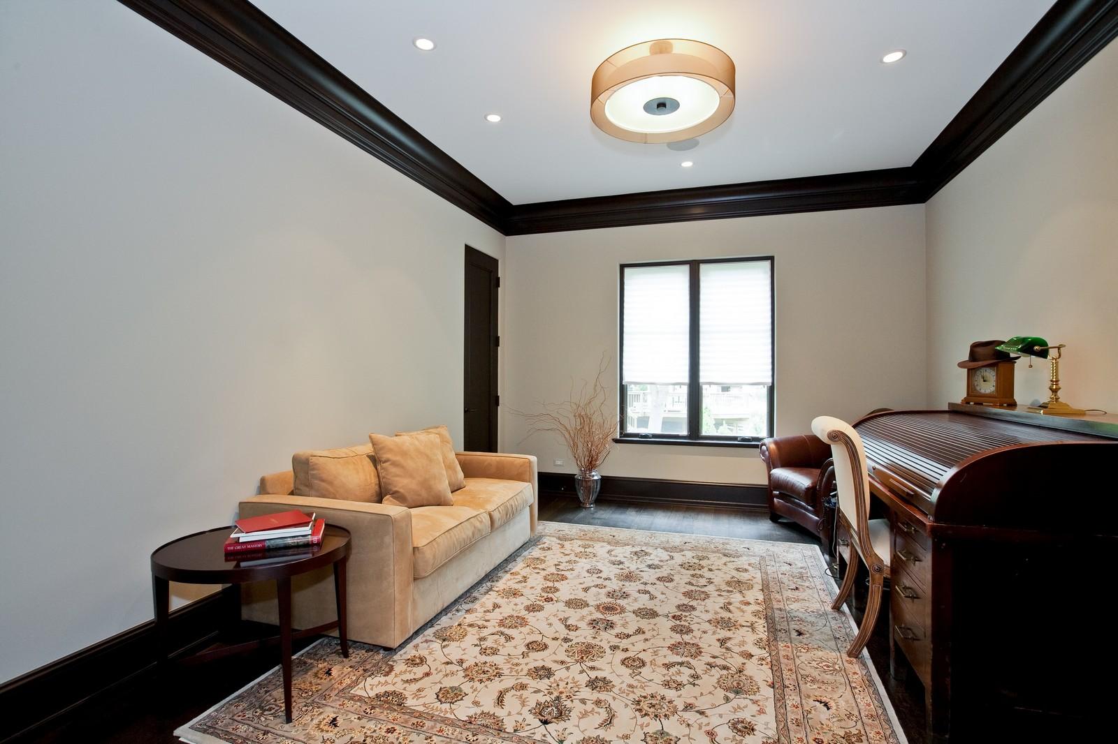 Real Estate Photography - 6143 Madison, Burr Ridge, IL, 60527 - Office