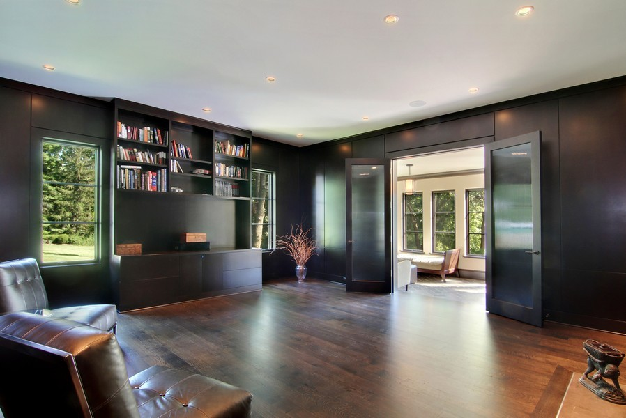 Real Estate Photography - 6143 Madison, Burr Ridge, IL, 60527 - Location 18