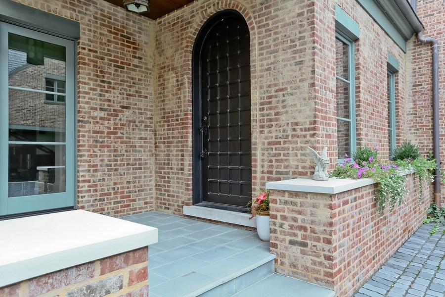 Real Estate Photography - 6143 Madison, Burr Ridge, IL, 60527 - Entrance