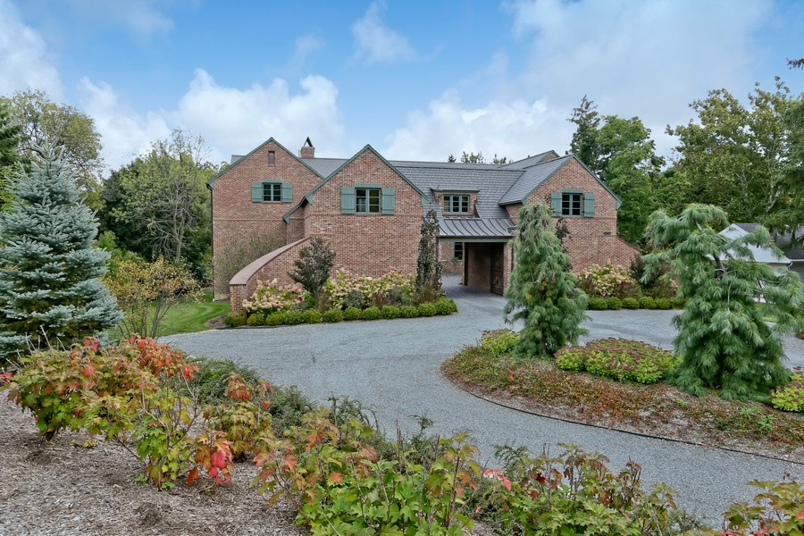 Real Estate Photography - 6143 Madison, Burr Ridge, IL, 60527 - Front View