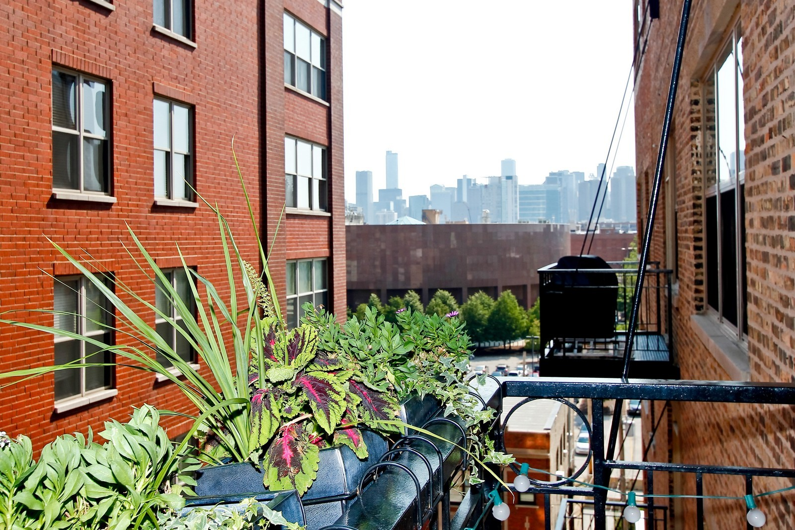 Real Estate Photography - 1500 W Monroe, 616, Chicago, IL, 60607 - Balcony