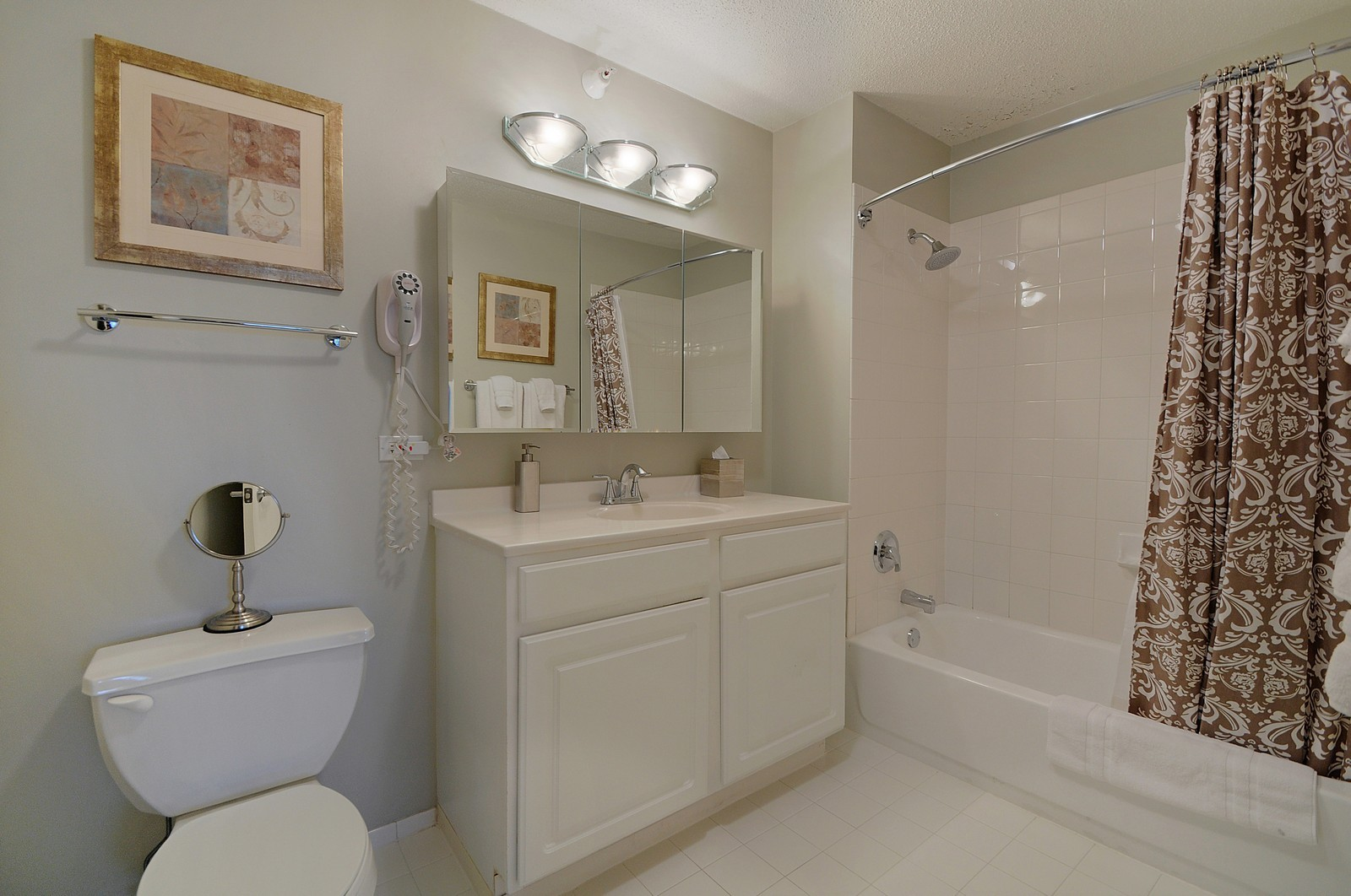 Real Estate Photography - 540 N State, Fl 48, Chicago, IL, 60654 - Master Bathroom