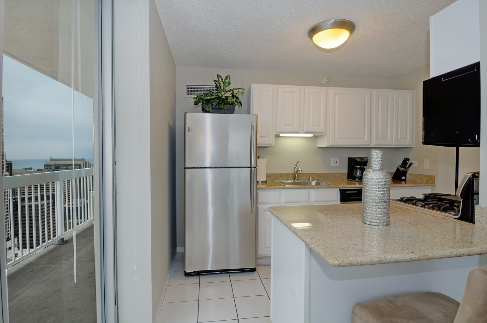 Real Estate Photography - 540 N State, Fl 48, Chicago, IL, 60654 - Kitchen