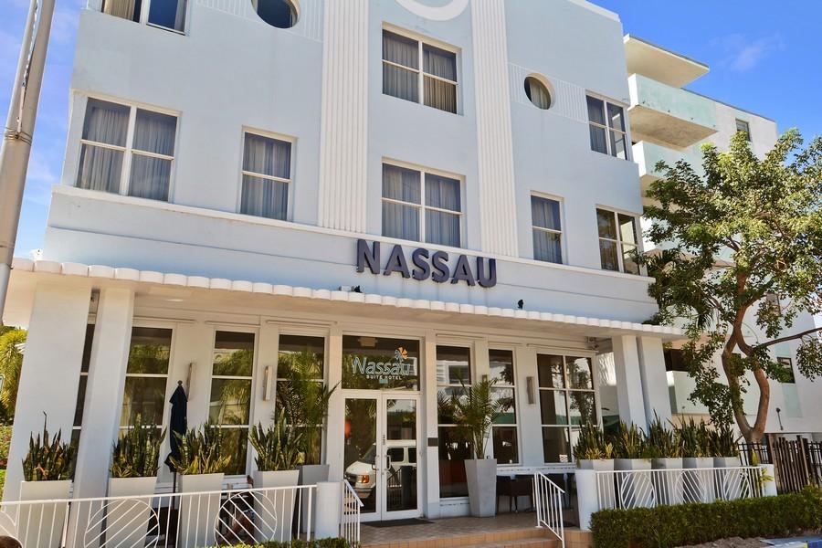 Fl Real Estate Photography  Collins Ave Nassau Suite Hotel Miami Beach