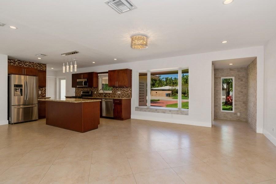 Real Estate Photography - 3431 NE 18 Avenue, Oakland Park, FL, 33306 - Breakfast Room