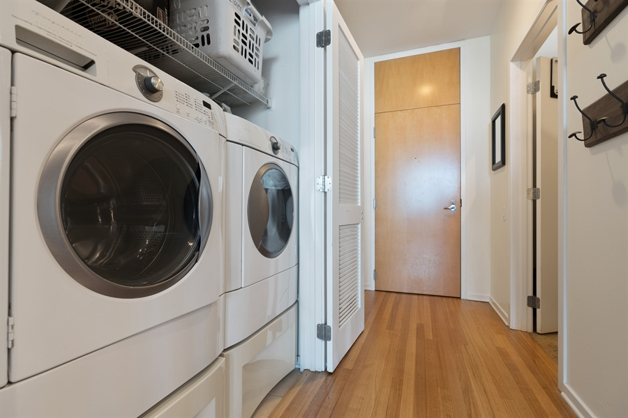 Real Estate Photography - 500 W Superior, 804, Chicago, IL, 60654 - Laundry Room