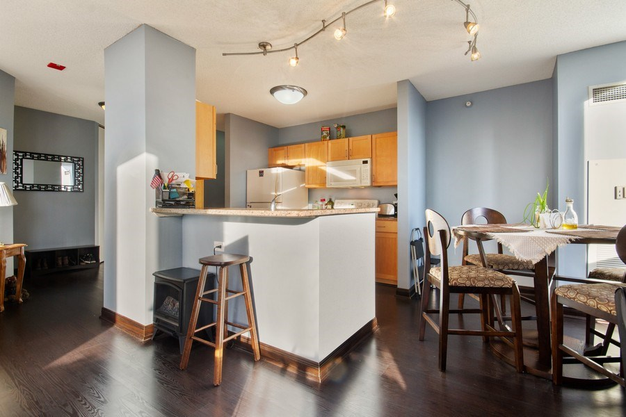 Real Estate Photography - 222 N Columbus, Unit 3102, Chicago, IL, 60601 - Kitchen