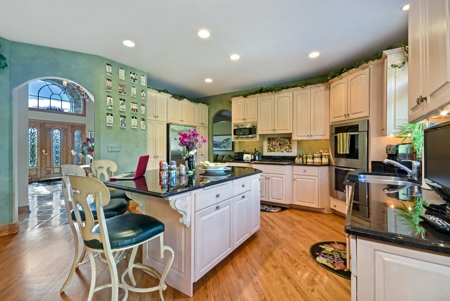 Real Estate Photography - VHT Studios Services, Chicago, IL, 00000 - Virtual Declutter Before