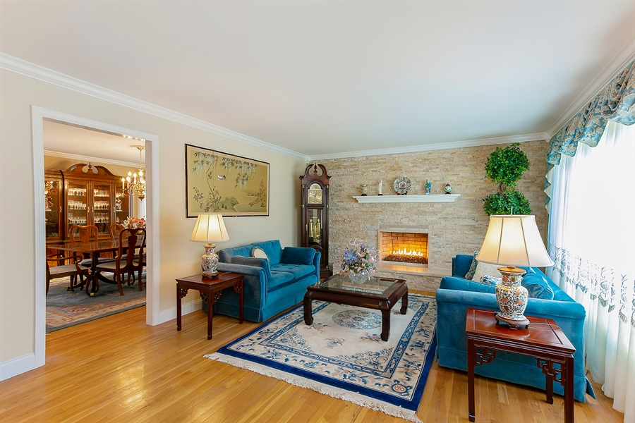 Real Estate Photography - 11 Hertiage Hill Rd, Norwalk, CT, 06851 - Living Room