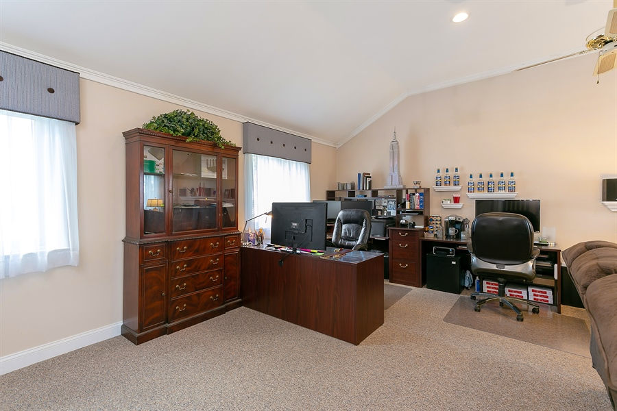 Real Estate Photography - 11 Hertiage Hill Rd, Norwalk, CT, 06851 - Family Room