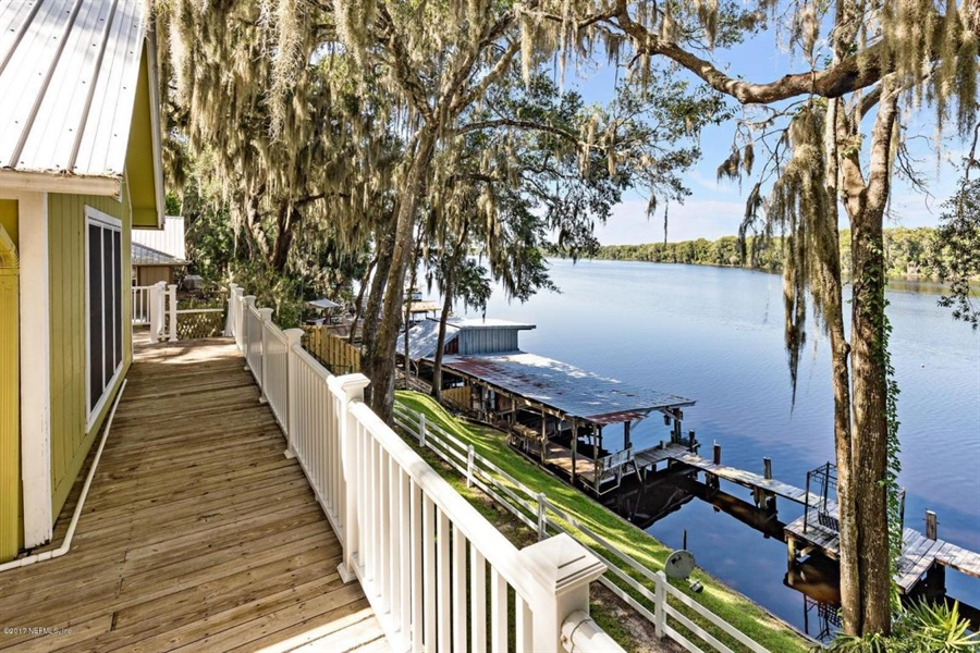 Real Estate Photography - 107 Shell Harbour Way, Satsuma, FL, 32189 - Location 1