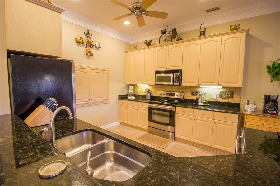 Real Estate Photography - 108 SW Lion Ln, Port Saint Lucie, FL, 34953 - Kitchen