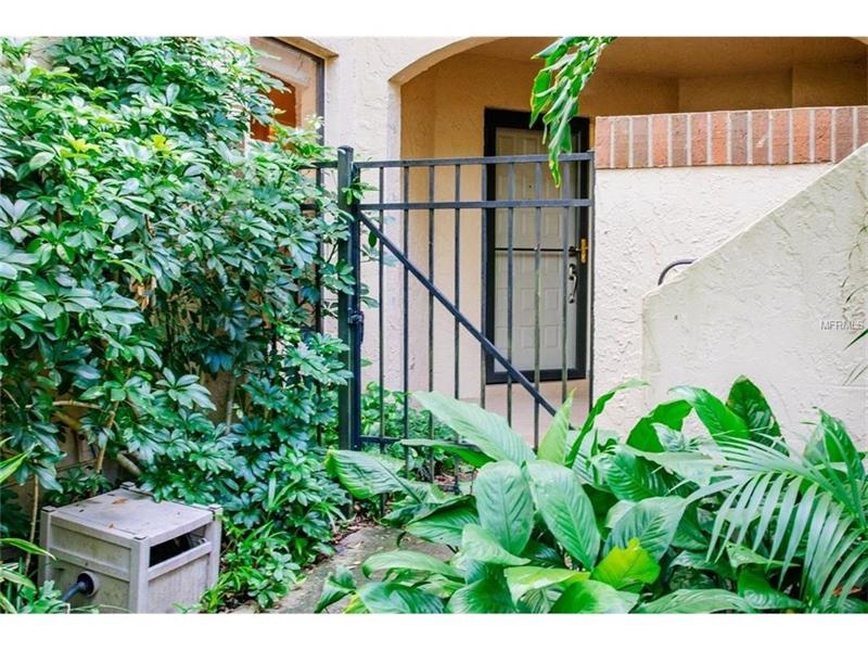 Real Estate Photography - 2869 Marsala Ct, # 869, Orlando, FL, 32806 - Location 3