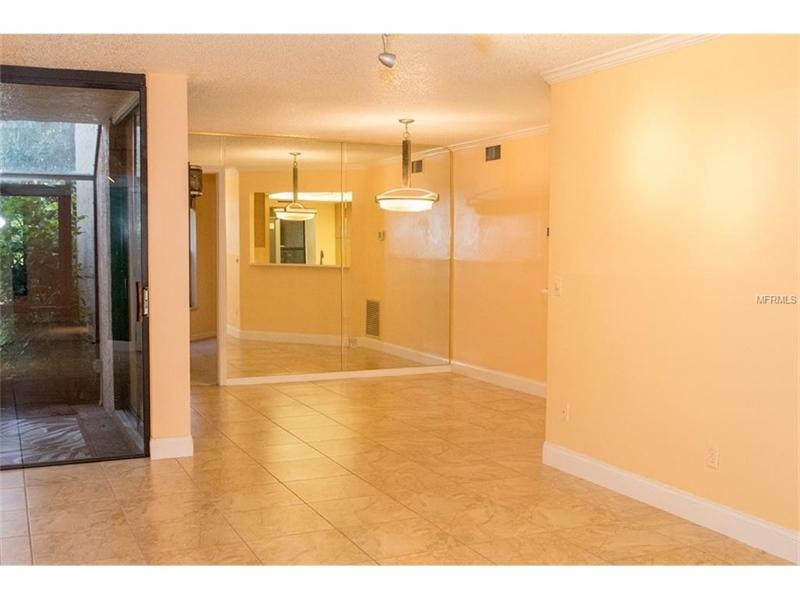 Real Estate Photography - 2869 Marsala Ct, # 869, Orlando, FL, 32806 - Location 4