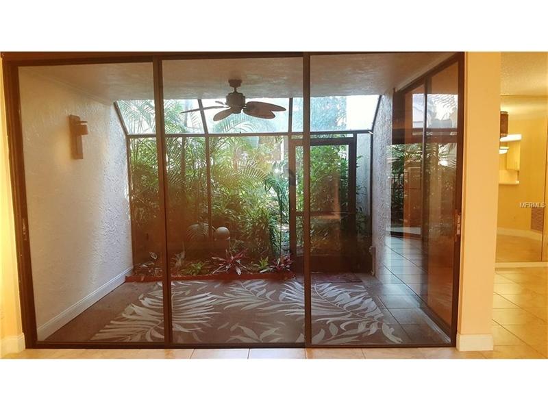 Real Estate Photography - 2869 Marsala Ct, # 869, Orlando, FL, 32806 - Location 6