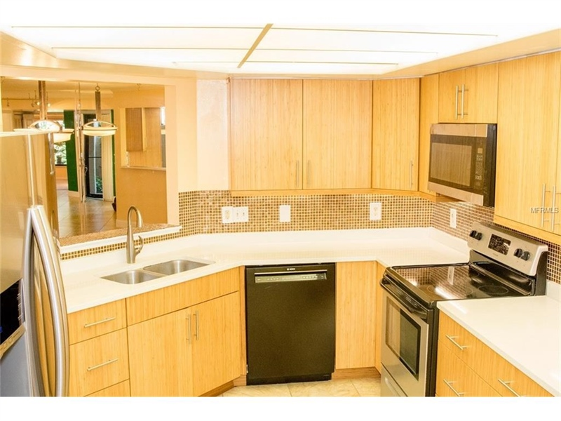 Real Estate Photography - 2869 Marsala Ct, # 869, Orlando, FL, 32806 - Location 7