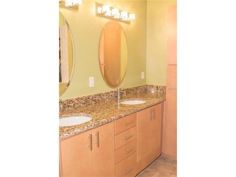 Real Estate Photography - 2869 Marsala Ct, # 869, Orlando, FL, 32806 - Location 12