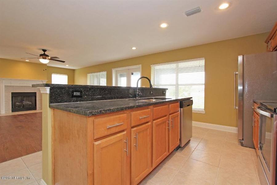 Real Estate Photography - 7213 Ramoth Dr, Jacksonville, FL, 32226 -