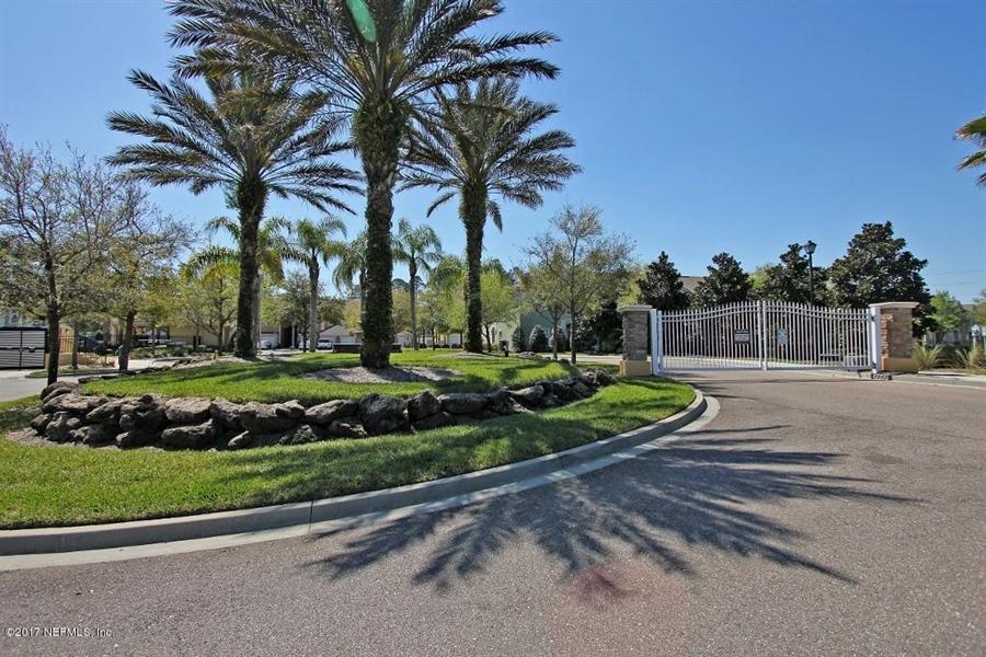 Real Estate Photography - 13785 Herons Landing Way, # 2-9, Jacksonville, FL, 32224 - Location 19
