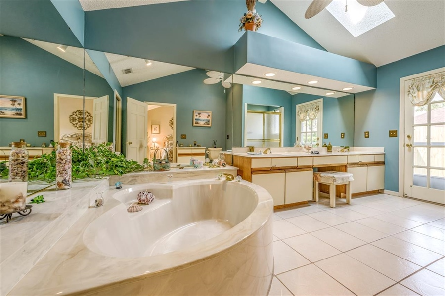 Real Estate Photography - 32 Sandpiper Dr, Saint Augustine, FL, 32080 - Location 15
