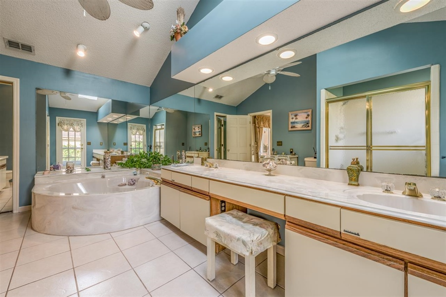 Real Estate Photography - 32 Sandpiper Dr, Saint Augustine, FL, 32080 - Location 16