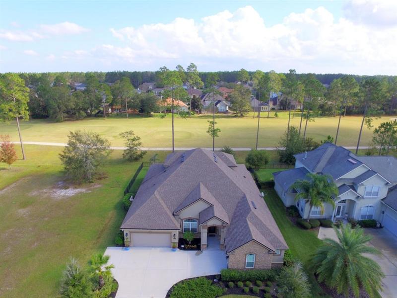 Real Estate Photography - 4205 Eagle Landing Pkwy, Orange Park, FL, 32065 - Location 2