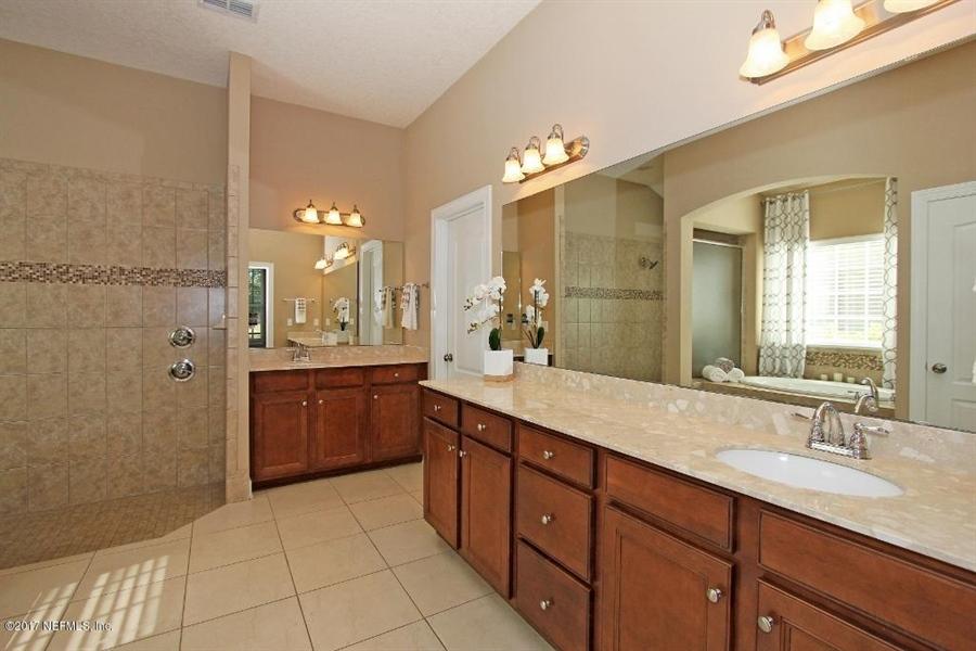 Real Estate Photography - 4205 Eagle Landing Pkwy, Orange Park, FL, 32065 - Location 16