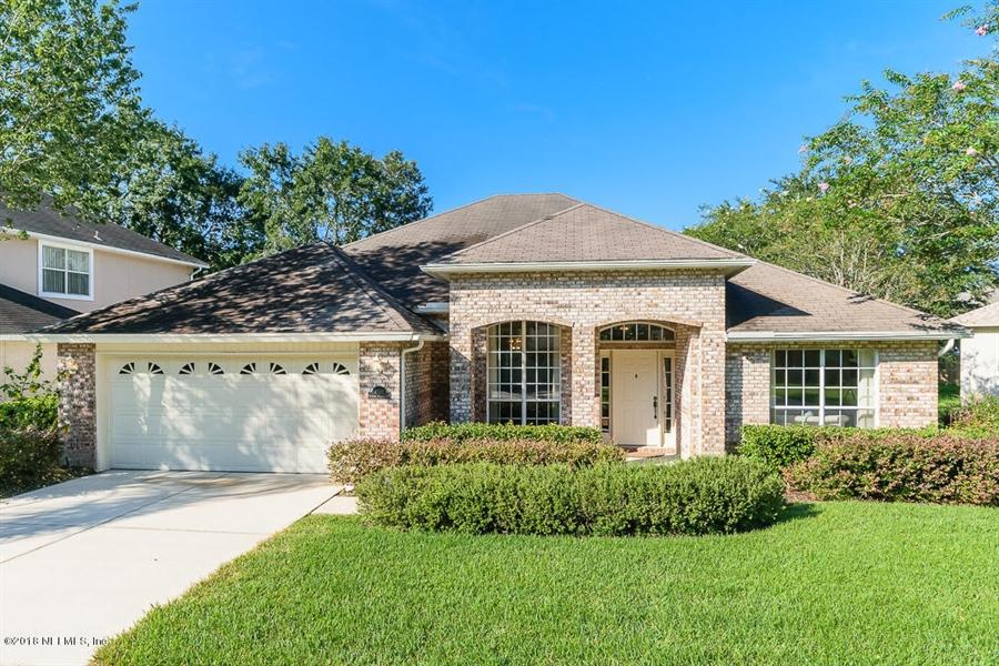 Real Estate Photography - 4510 Summer Walk Ct, Jacksonville, FL, 32258 - Location 1