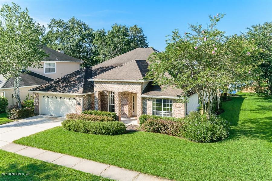 Real Estate Photography - 4510 Summer Walk Ct, Jacksonville, FL, 32258 - Location 2